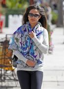 Ванесса Миннилло, фото 995. Vanessa Minnillo out in Sherman Oaks FEB-28-2012, foto 995