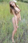 http://img128.imagevenue.com/loc218/th_705684729_EB_Presenting_Marika_Marika_medium_0061_123_218lo.jpg