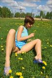 Anna M in Flower Powerf4l0d64de6.jpg