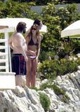 Jennifer Aniston Hard nips outside Letterman Foto 222 (��������� ������� ������� ��� ��� Letterman ���� 222)