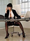 http://img128.imagevenue.com/loc38/th_42917_0675_160353_Iss27_sexysecretaries_sophie_07_123_38lo.jpg