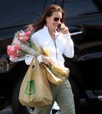 Kristin Davis Shopping in Santa Monica, 5/2, 9 HQ