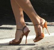 Feet pamela anderson Pamela Anderson