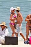 http://img128.imagevenue.com/loc999/th_91655_katherine_heigl_bikini_candids-cabo_san_lucas_june152008_03_122_999lo.jpg
